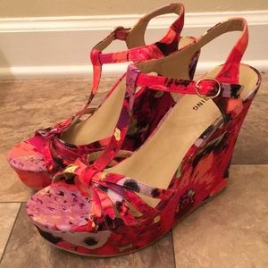 NWOT Call It Spring Colorful Floral Wedge Platform